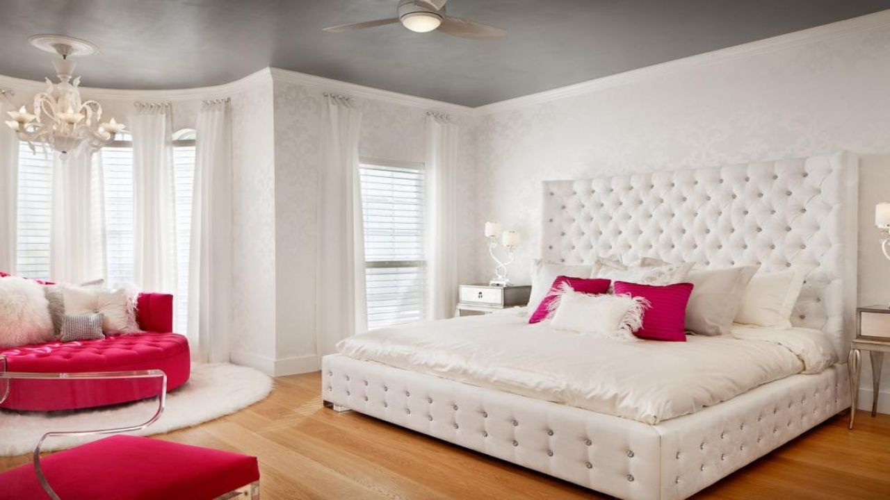 Girl's Master Bedroom Décor