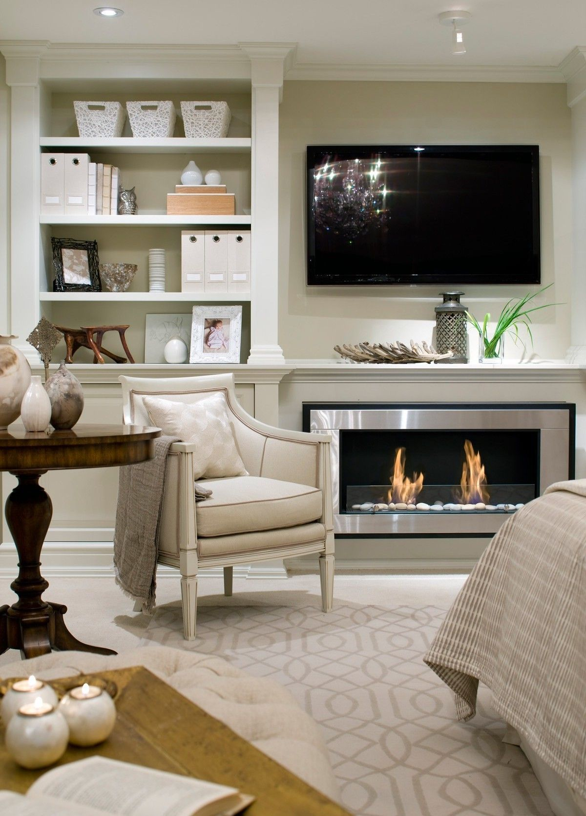 Cozy Up Your Master Bedroom With a Fireplace