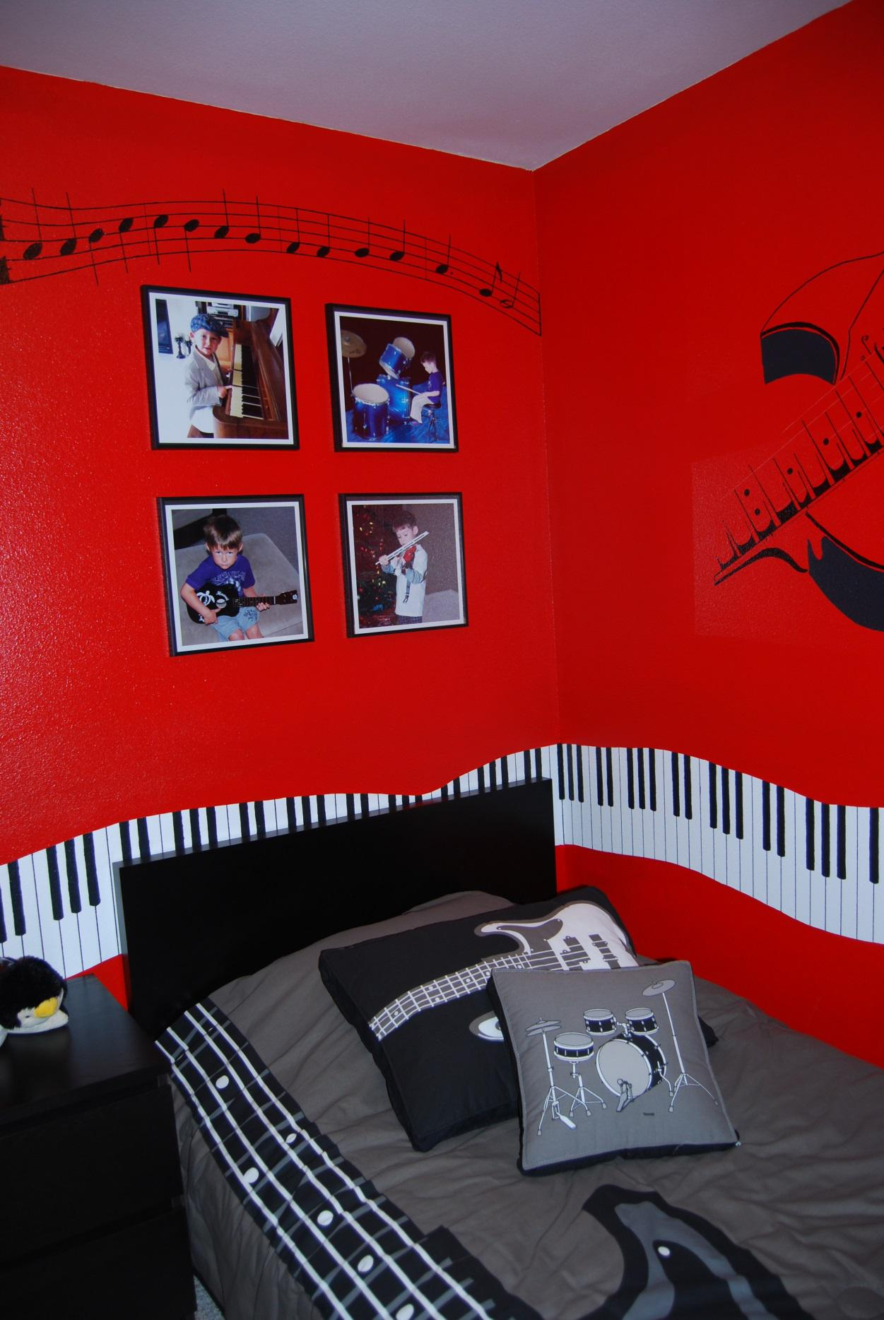 Designing a music-themed child's bedroom