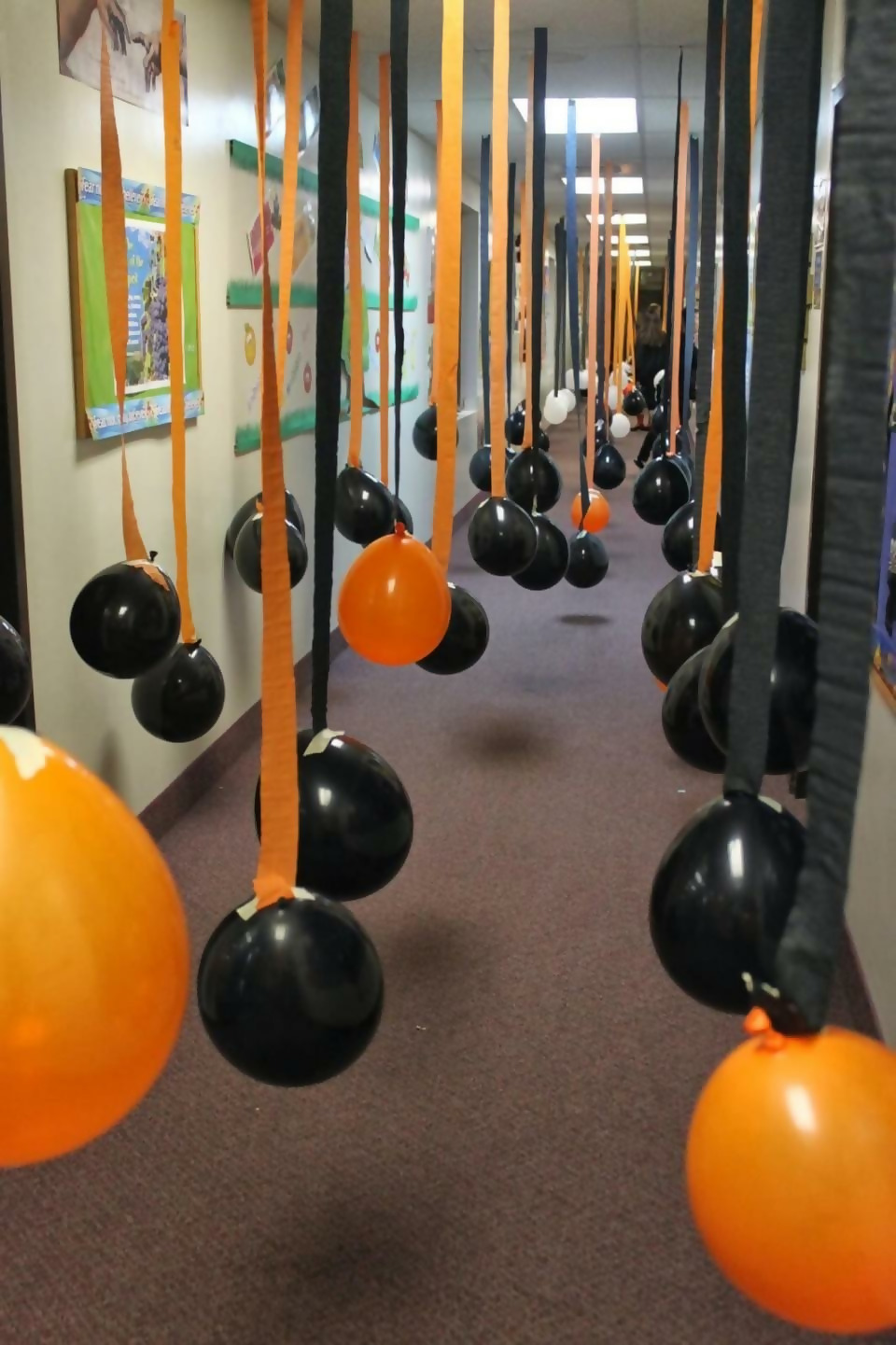 Use Balloons For Your Halloween Party