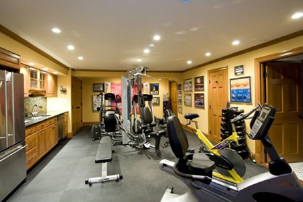 Fascinating home gym design ideas to get you rolling for Home gym interior design