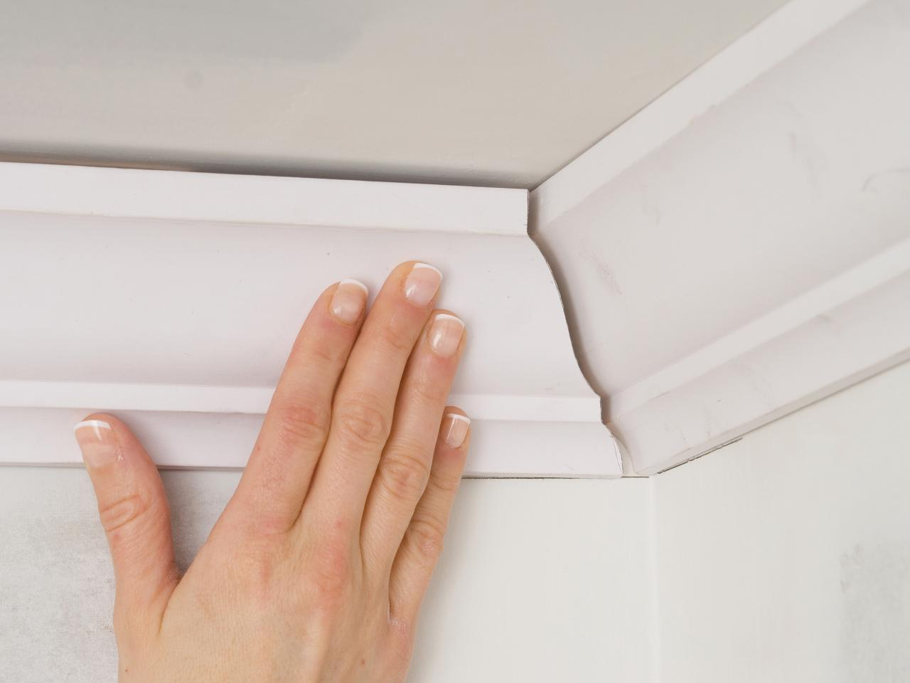 Do-it-yourself crown molding