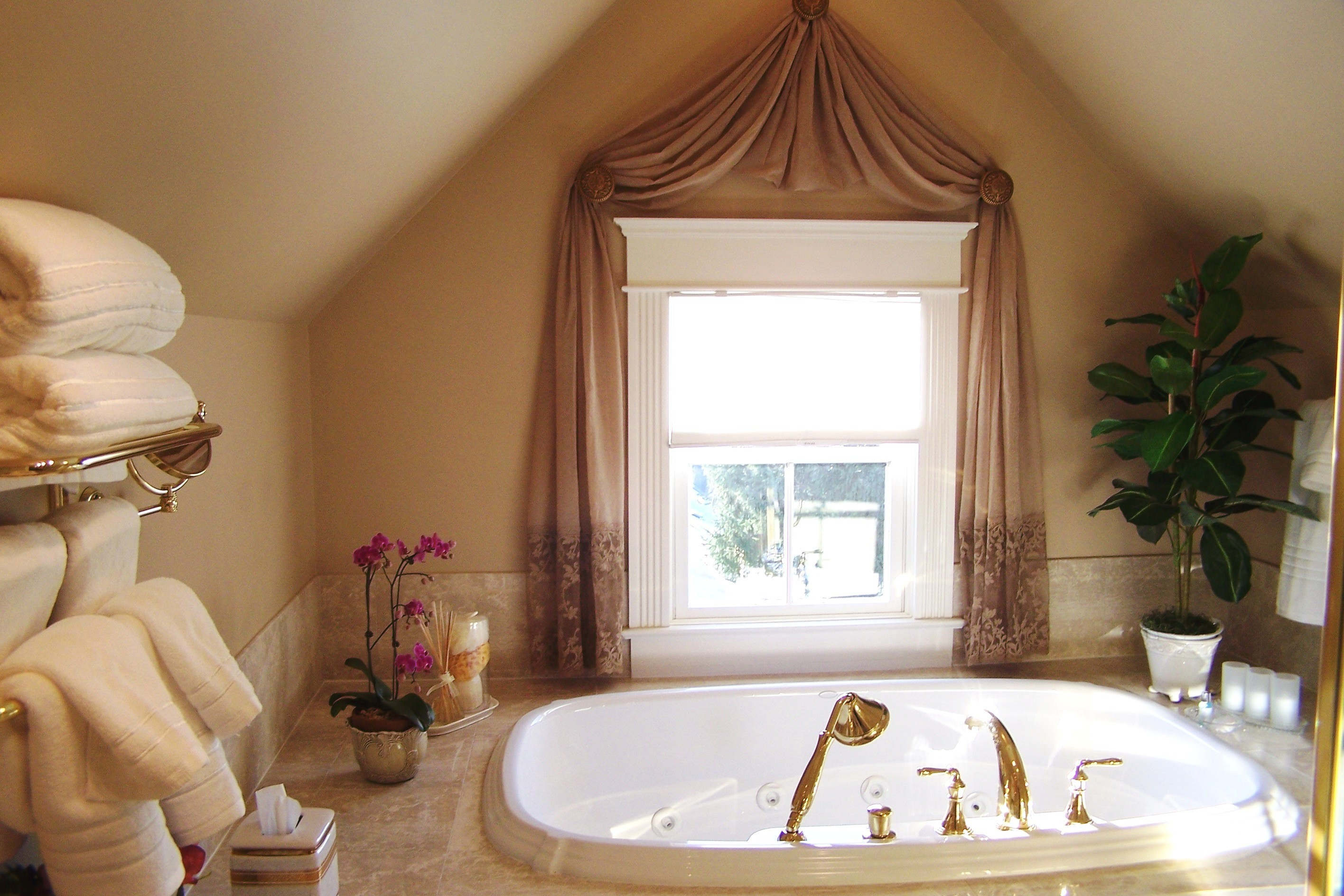Luxury Drapes For Bathroom Windows