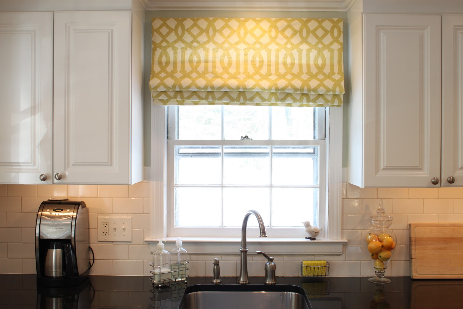 Kitchen Window Covering Choosing The Right Kitchen Window Treatments Interior Design