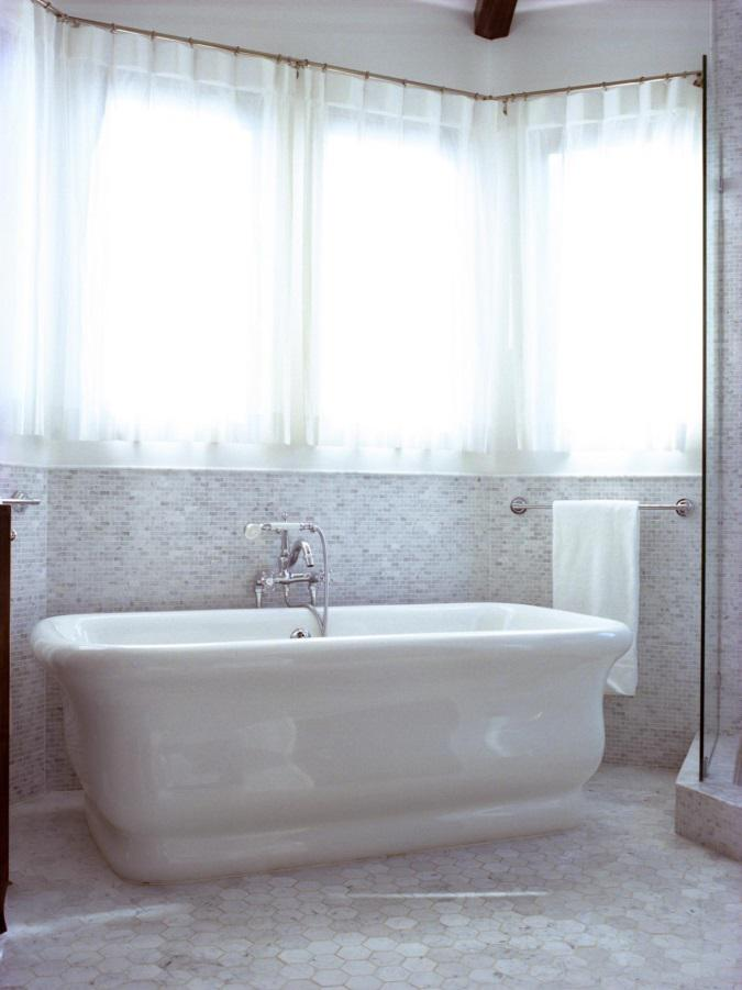 Sheer curtains for bathroom windows