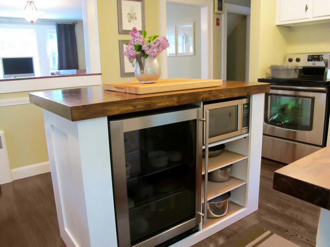 Small Non-Movable Kitchen Island