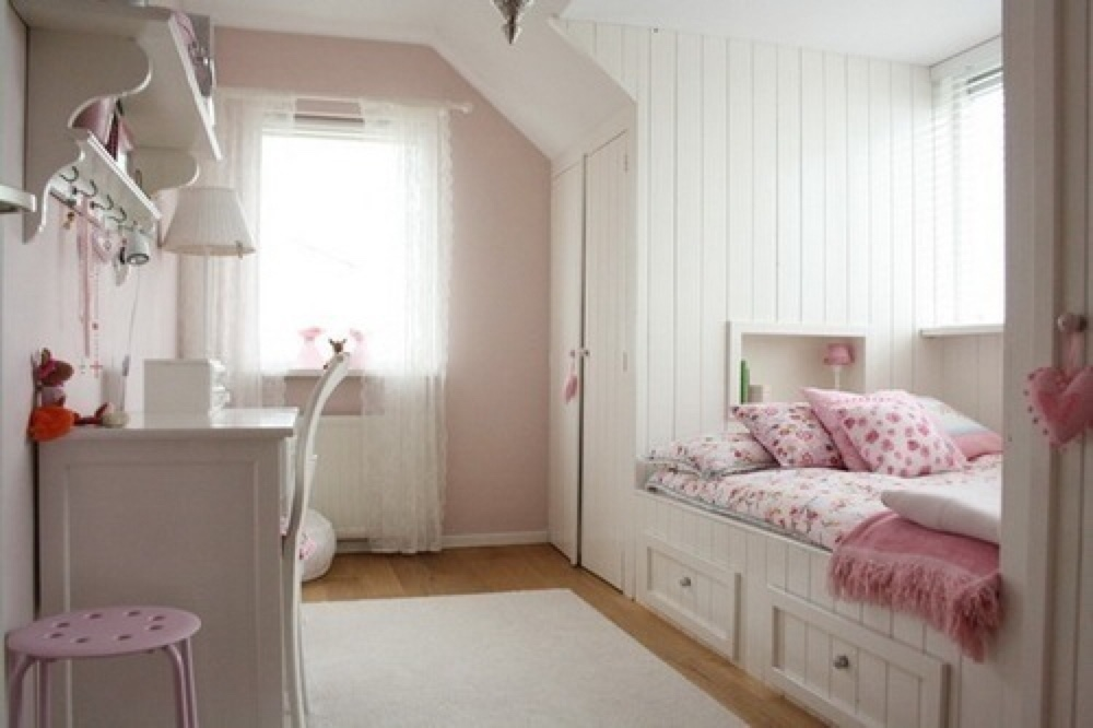 Lace curtains for girl nursery