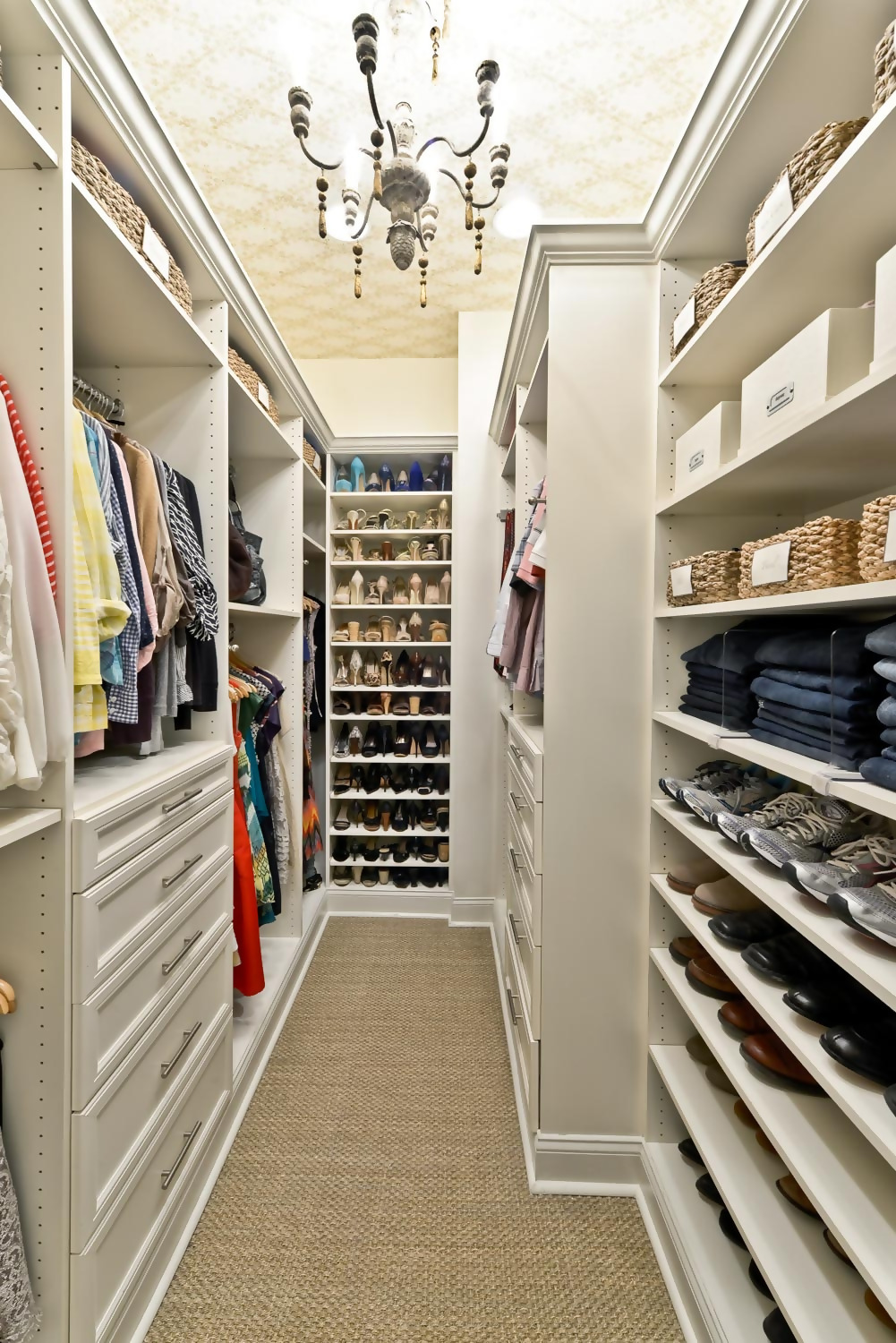Organize Closet Drawers Thoughtfully